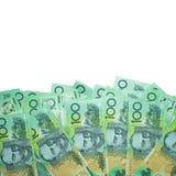 Το αυστραλιανό δολάριο, χρήματα της Αυστραλίας τραπεζογραμμάτια 100 δολαρίων συσσωρεύει στο άσπρο υπόβαθρο με το ψαλίδισμα της πο Στοκ Εικόνες
