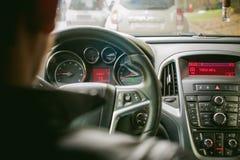 το αυτοκίνητο οδηγεί το Στοκ Φωτογραφίες