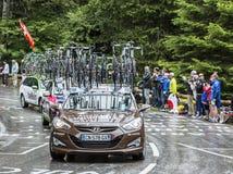 Το αυτοκίνητο της ομάδας AG2R-Λα Mondiale - περιοδεύστε το de Γαλλία το 2014 Στοκ Εικόνες