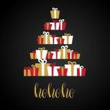 Το αφηρημένο χριστουγεννιάτικο δέντρο που γίνεται κάτω από από τα κιβώτια δώρων , παρουσιάζει, Κάρτα διακοπών με το κείμενο Ho Απ ελεύθερη απεικόνιση δικαιώματος