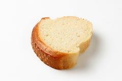 Το βούτυρο με το ψωμί απομόνωσε το άσπρο υπόβαθρο Στοκ Εικόνα