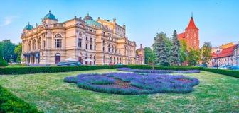 Το βράδυ στην Κρακοβία, Πολωνία στοκ εικόνα με δικαίωμα ελεύθερης χρήσης