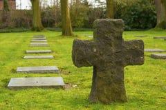 Το γερμανικό νεκροταφείο friedhof στους τομείς της Φλαμανδικής περιοχής το Βέλγιο στοκ εικόνες