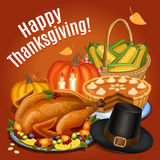 Το γεύμα ημέρας των ευχαριστιών, ψητό Τουρκία στη πιατέλα με διακοσμεί Στοκ Φωτογραφία