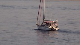 Το γιοτ πηγαίνει στη θάλασσα φιλμ μικρού μήκους