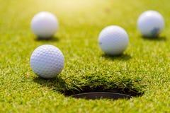 Το γκολφ είναι ένας αθλητισμός που είναι δημοφιλής σε όλο τον κόσμο και το αγαθό για την υγεία στοκ φωτογραφίες με δικαίωμα ελεύθερης χρήσης