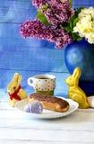 Το γλυκό μεταχειρίζεται για το πρόγευμα Πάσχας Στοκ Εικόνα