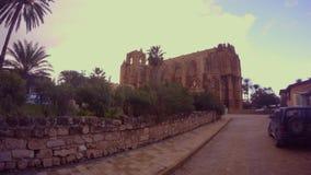 Το γοτθικό ύφος ναών της Κύπρου της αρχιτεκτονικής πολύ μοιάζει με, ο μεγάλος καθεδρικός ναός Rheims στο Παρίσι, Γαλλία φιλμ μικρού μήκους