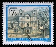 Το γραμματόσημο που τυπώνεται από την Αυστρία, παρουσιάζει μοναστήρι Loretto στη Burgenland Στοκ φωτογραφία με δικαίωμα ελεύθερης χρήσης