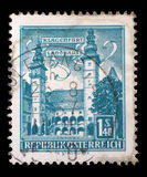 Το γραμματόσημο που τυπώνεται στην Αυστρία παρουσιάζει κάθισμα κομητειών, Klagenfurt Στοκ Φωτογραφίες