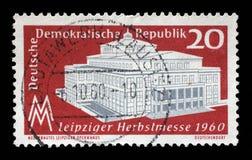 Το γραμματόσημο που τυπώνεται στην ΟΔΓ παρουσιάζει έκθεση φθινοπώρου της Λειψίας Στοκ εικόνες με δικαίωμα ελεύθερης χρήσης