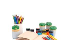 Το γραφείο για το σχολείο της δημιουργικότητας Στοκ Φωτογραφίες