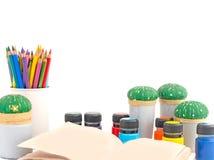 Το γραφείο για το σχολείο της δημιουργικότητας Στοκ εικόνες με δικαίωμα ελεύθερης χρήσης