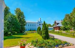 Το γραφικό μοναστήρι μεσολάβησης του Σούζνταλ στη Ρωσία Στοκ εικόνα με δικαίωμα ελεύθερης χρήσης