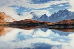 Το γραφικό τοπίο στα βουνά Ανώτερο Svaneti Στοκ Εικόνες
