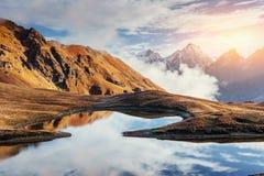 Το γραφικό τοπίο στα βουνά Ανώτερο Svaneti Στοκ εικόνα με δικαίωμα ελεύθερης χρήσης