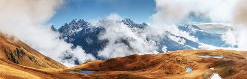Το γραφικό τοπίο στα βουνά Ανώτερο Svaneti Στοκ φωτογραφίες με δικαίωμα ελεύθερης χρήσης