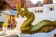 Το γλυπτό του χρυσού δράκου Luang Prabang Λάος Στοκ Εικόνες