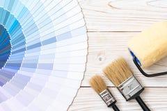 το δείγμα χρωματίζει swatches pantone ή χρώματος καταλόγων το βιβλίο στοκ εικόνες