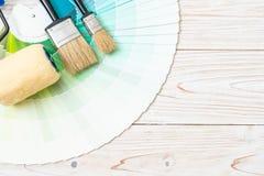 το δείγμα χρωματίζει swatches pantone ή χρώματος καταλόγων το βιβλίο στοκ φωτογραφία