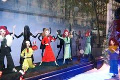 Το Δεκέμβριο του 2015 προθηκών Printemps μαριονετών Στοκ εικόνα με δικαίωμα ελεύθερης χρήσης