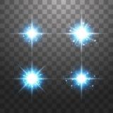 Το δημιουργικό διανυσματικό σύνολο έννοιας αστεριών ελαφριάς επίδρασης πυράκτωσης εκρήγνυται με τα σπινθηρίσματα που απομονώνοντα απεικόνιση αποθεμάτων