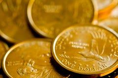 το δολάριο νομισμάτων τη&sigmaf Στοκ φωτογραφίες με δικαίωμα ελεύθερης χρήσης