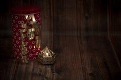 Το δώρο, έκπληξη, παραδοσιακή παρουσιάζει, μυστικό στοκ φωτογραφίες