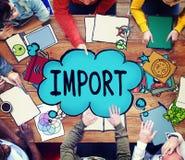 Το εισαγωγικό εμπόριο παραδίδει την έννοια φορτίου ναυτιλίας μεταφορών Στοκ εικόνα με δικαίωμα ελεύθερης χρήσης