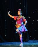 Το εκπαιδευτικό μάθημα χορού Dai κορίτσι-βασικό Στοκ εικόνες με δικαίωμα ελεύθερης χρήσης