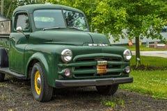 Το εκλεκτής ποιότητας τέχνασμα παίρνει το φορτηγό Στοκ Εικόνες