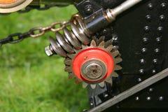 Το εργαλείο, τα βαραίνω και τα δόντια σκουληκιών στον πρότυπο ατμό κλίμακας τροφοδότησαν τη μηχανή έλξης Στοκ Φωτογραφία