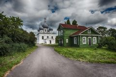 το εργοστάσιο 1824 καθεδρικών ναών που ιδρύεται σημαίνει nevyansk τη pyatiprestolny μεταμόρφωση πετρών ιδιοκτητών yakovlev Στοκ Φωτογραφία
