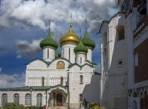 το εργοστάσιο 1824 καθεδρικών ναών που ιδρύεται σημαίνει nevyansk τη pyatiprestolny μεταμόρφωση πετρών ιδιοκτητών yakovlev στοκ εικόνα