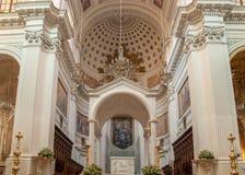 Το εσωτερικό της βασιλικής του ST Lawrence ο μάρτυρας είναι ο καθεδρικός ναός Trapani Στοκ Εικόνες