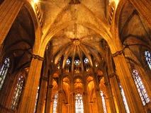 Το εσωτερικό του καθεδρικού ναού της Βαρκελώνης Στοκ Φωτογραφίες