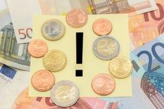 Το ευρώ σημαδιών θαυμαστικών σημειώνει τα χρήματα Στοκ φωτογραφία με δικαίωμα ελεύθερης χρήσης
