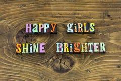 Το ευτυχές κορίτσι λάμπει φωτεινός θεωρεί letterpress στοκ εικόνες με δικαίωμα ελεύθερης χρήσης