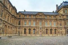 Το δεύτερο δικαστήριο του μουσείου του Λούβρου, Λούβρο, Παρίσι, Γαλλία Στοκ φωτογραφία με δικαίωμα ελεύθερης χρήσης