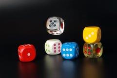 Το ζωηρόχρωμο παίζοντας τυχερό παιχνίδι χωρίζει σε τετράγωνα Στοκ φωτογραφία με δικαίωμα ελεύθερης χρήσης