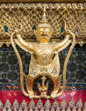 Το ζωικό άγαλμα παραμυθιού μοιάζει με ένα Garuda Στοκ εικόνα με δικαίωμα ελεύθερης χρήσης