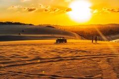 Το ηλιοβασίλεμα αμμόλοφων - γενέθλιο - Rio Grande κάνει Norte Βραζιλία | Rubem Sousa Φόρουμ το Box® στοκ φωτογραφία με δικαίωμα ελεύθερης χρήσης