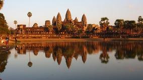 Το ηλιοβασίλεμα Wat Angkor, Siem συγκεντρώνει, Καμπότζη Στοκ Εικόνες