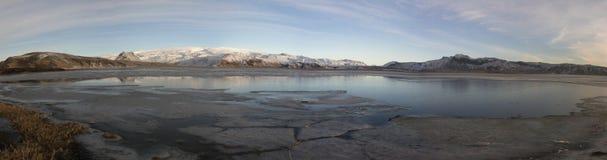 Το θαυμάσιο έδαφος της πυρκαγιάς και του πάγου στη βόρεια Ισλανδία Στοκ Εικόνες