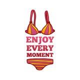 Το θερινό λογότυπο απολαμβάνει κάθε στιγμή Θερινό λογότυπο με ένα θηλυκό μαγιό σε ένα ύφος κινούμενων σχεδίων Στοκ φωτογραφία με δικαίωμα ελεύθερης χρήσης