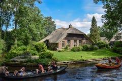 Το θεϊκό Giethorrn στις Κάτω Χώρες Στοκ Φωτογραφίες