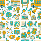 Το διάνυσμα doodle έθεσε με τα σχολικά στοιχεία Στοκ Εικόνες