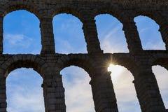 Το διάσημο αρχαίο υδραγωγείο Segovia Στοκ Εικόνες