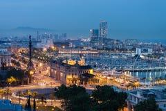 Το διάσημο τετράγωνο στη Βαρκελώνη, όπου το μνημείο στο Columbus Στοκ Εικόνες