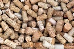 Το διάφορο ιταλικό κρασί βουλώνει Στοκ Εικόνες